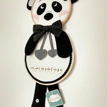 Porta Maternidade em Bastidor Panda