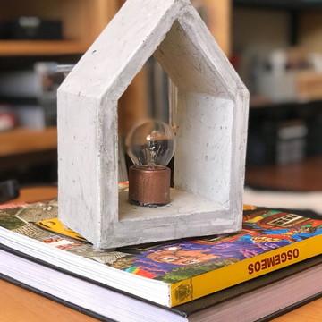 Luminária de Concreto House