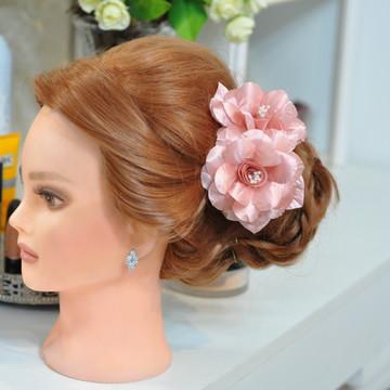 Arranjo de Flor de cabelo
