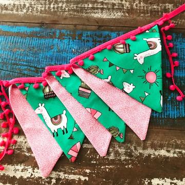 Bandeirolas para decoração de Lhama