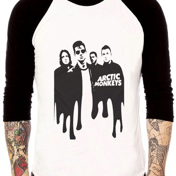 Camisa Raglan Arctic Monkeys Melt Rock Tres Quartos