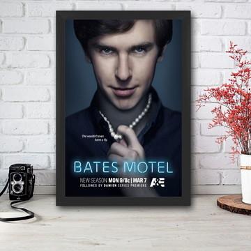 Quadro Bates Motel com moldura