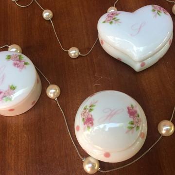 Mini porta joia em porcelana personalizado e embalado