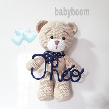 Enfeite de maternidade com nome em tricotin URSO
