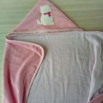 toalha de banho com capuz e forrada - Tam m