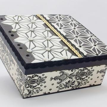 Caixa Quadrada em MDF (Preto/Branco/Dourado)