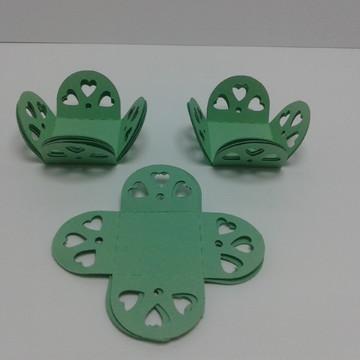 Forminha Verde Claro de Corações