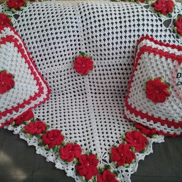 Manta para sofá em crochê