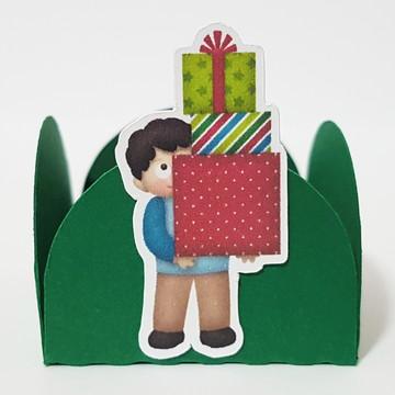 Forminha Natal - menino com presentes