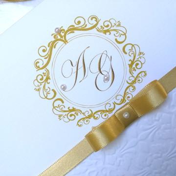 Convite de casamento em relevo