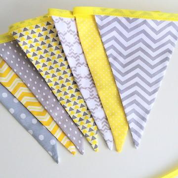 Bandeirolas amarelo e cinza