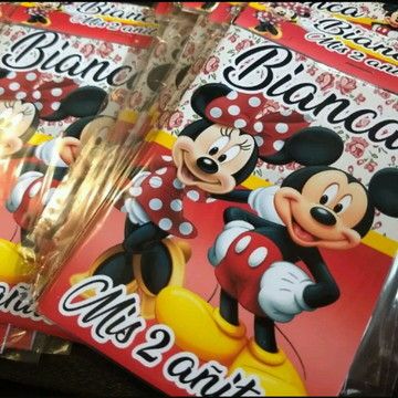 Revistinha pra colorir-Tema Micke e Minnie- Já Vai Embalado