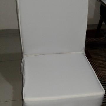 Capa de cadeiras para jogo de jantar em suede trabalhado