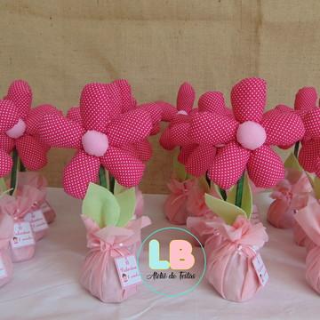 c3ed813358 Enfeite de mesa bailarina Flor de tecido