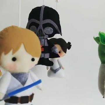 Móbile bebê berço Star Wars Anakin musical
