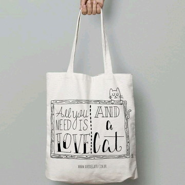 """Ecobag """"All you need is love, and a cat"""""""