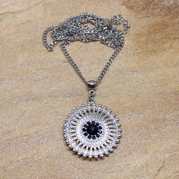 Gargantilha mandala prateado strass preto bijuterias