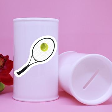 Cofrinho de plástico com adesivo – raquete de tênis