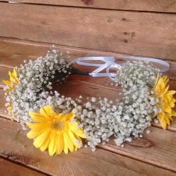 Tiara de flores naturais