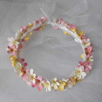 Coroa de flores - mini lirios.