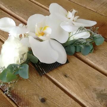 Arranjo de cabelo/grinalda em flores naturais