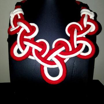 Maxi colar de cordas bicolor