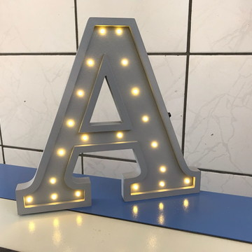 Letra 3D Luminosa