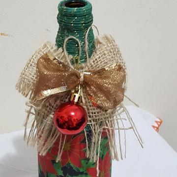 Garrafa Natal Flores Colagem e Barbante Verde