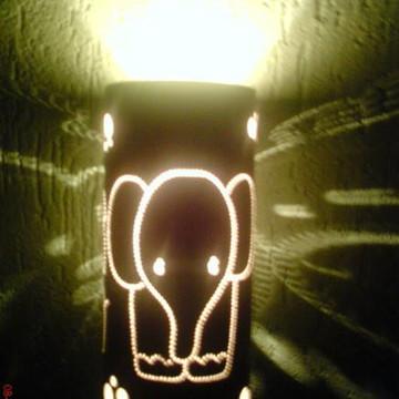 Luminária infantil elefantinho