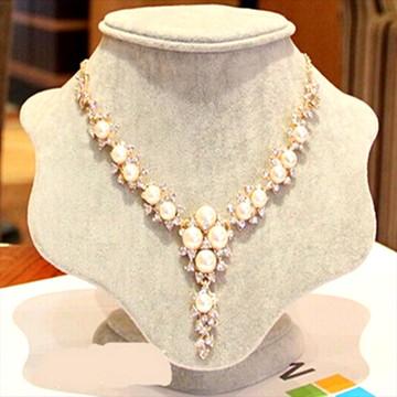 Colar Dubai Gold Luxo Pérolas e Cristais Strass Luxo Fashio