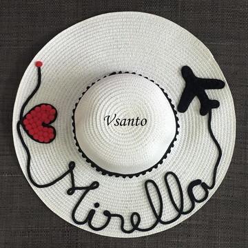 chapéu de praia personalizado com nome coração e avião 4a3a2ba7158