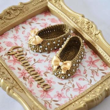 Quadro de resina dourado e floral