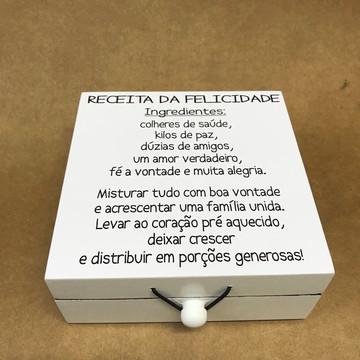 Caixa bijuteria 15 x 15 personalizada frase felicidade