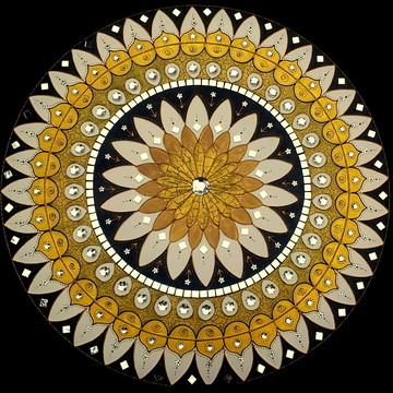 Mandala Ouro Mil Pétalas em MDF de 60cm