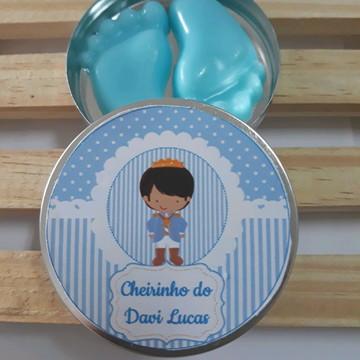 Latinha com Pezinhos de sabonete nascimento chá maternidade