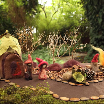 Decoração quarto infantil gnomos waldorf