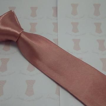 Gravata rose seco modelo liso