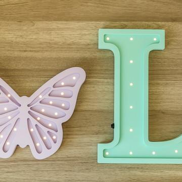 Letra 3d luminosa + borboleta de MDF