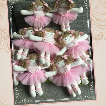 Boneca de Pano Rafaella Bailarina 22cm