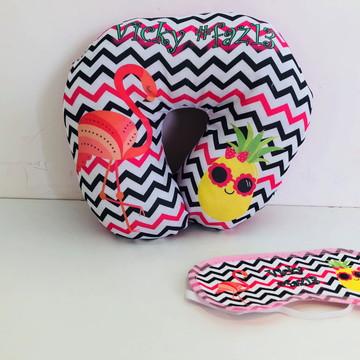 almofada de pescoço e mascara de dormir flamingo