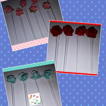30 Toppers e colheres com mini rosas de papel