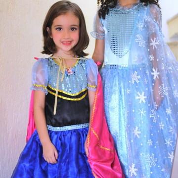 f2545c6daf Fantasia Elsa ou Anna do Frozen