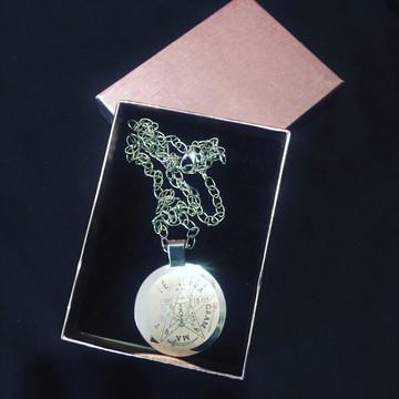amuleto pentagrama em aço inóx