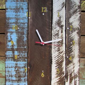 Relógio de parede artesanal rústico