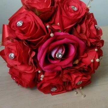 Buquê de noiva romântico vermelho