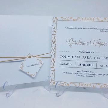 Convite branco classico dourado