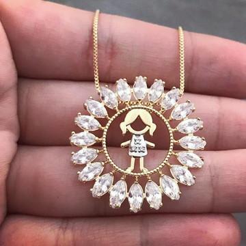 Colar 1 Filha Menina Mandala Com Pedras banhado a ouro