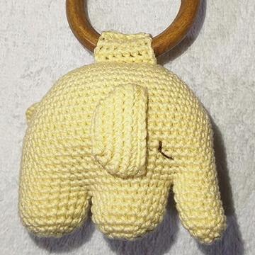 Elefante mordedor com chocalho - Brinquedo Educativo
