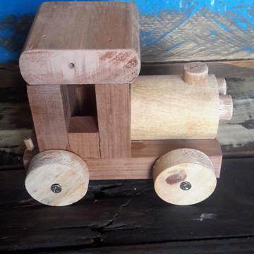 Carrinho de madeira artesanal rústico