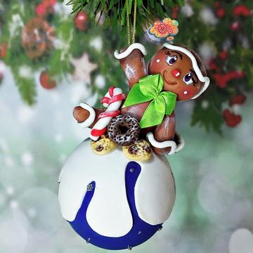 Bola de Natal Gingerbread em Biscuit